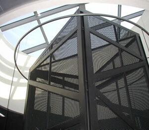 Pulizia rete castelletto e vano ascensore